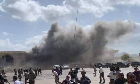 Επίθεση με ρουκέτες και όπλα στο αεροδρόμιο της Υεμένης