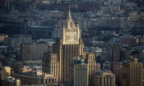 Москва расширяет список британцев, которым запрещен въезд в Россию