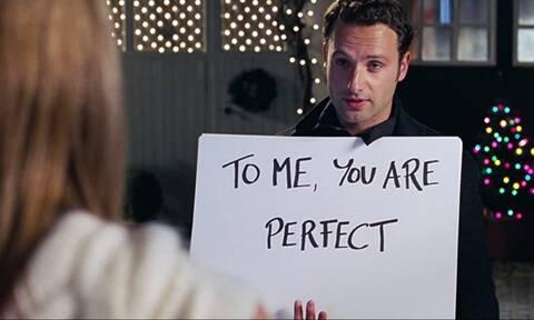 Mόνο σε μία γυναίκα δεν πρέπει να στείλεις «Καλή Χρονιά»