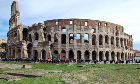 Ιταλία: Βάζουν νέο, high tech «πάτωμα» στο Κολοσσαίο της Ρώμης, με κόστος 10 εκατ. ευρώ!