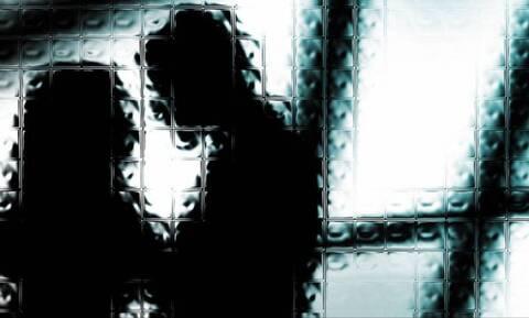 Κρήτη: 20χρονη κατήγγειλε πως έζησε τον εφιάλτη στα χέρια φωτογράφου