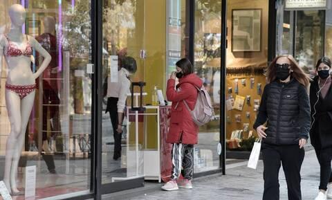 Παραμονή Πρωτοχρονιάς: Πώς θα λειτουργήσουν σήμερα σούπερ μάρκετ και καταστήματα - Δείτε το ωράριο