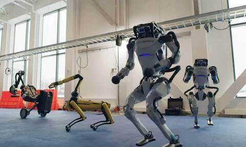 Ρομποτ τα «σπάνε» στον χορό και γίνονται viral