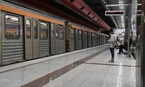 Έκλεισαν έξι σταθμοί Μετρό με εντολή της ΕΛ.ΑΣ.