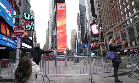 Νέα Υόρκη: Οδοφράγματα στην Times Square για την παραμονή της Πρωτοχρονιάς