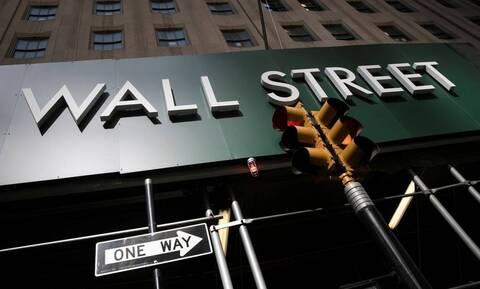 ΗΠΑ: Κλείσιμο με ρεκόρ για Dow Jones και S&P 500 στην τελευταία συνεδρίαση του 2020
