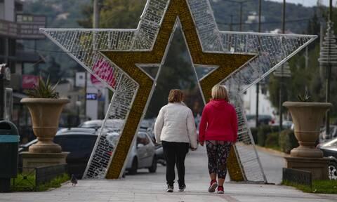 Κρούσματα σήμερα: Πρωτοχρονιά με αριθμούς που ανησυχούν - Με πόσα κρούσματα ανοίγει η Ελλάδα