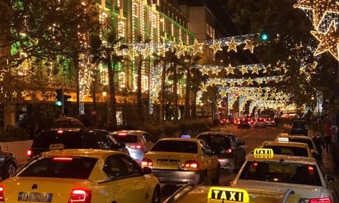 Lockdown: Πόσα άτομα επιτρέπονται σε ΙΧ και ταξί ανήμερα της Πρωτοχρονιάς
