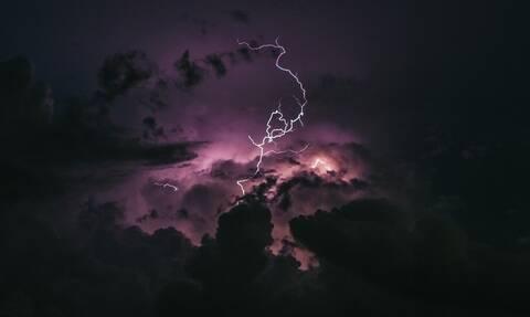 Καιρός: Προσοχή! Ραγδαία επιδείνωση με ισχυρές καταιγίδες και αφρικανική σκόνη