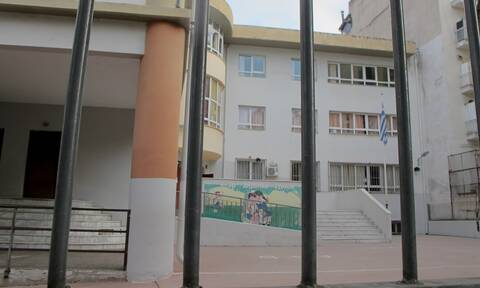 Κορονοϊός - Βασιλακόπουλος: Ο εφιάλτης δεν τελείωσε - Άνοιγμα σχολείων μετά τις 20 Ιανουαρίου