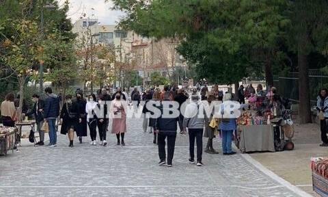 Ρεπορτάζ Newsbomb.gr: Χαμός στο κέντρο της Αθήνας λίγο πριν το lockdown… 3 (pics)