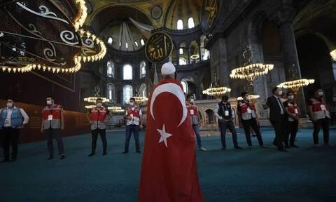 «Χαστούκι» στον Ερντογάν από τουρκική εφημερίδα: Καταστροφή για τη χώρα η βεβήλωση της Αγίας Σοφίας