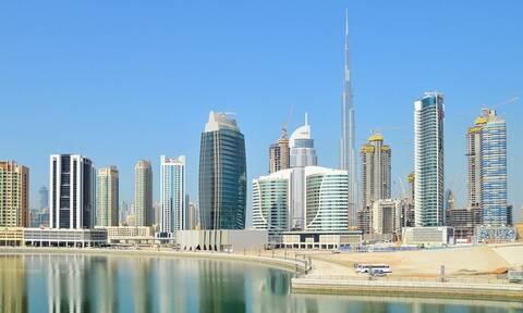 Θαύμα: Στο Ντουμπάι δεν κολλάει ο κορονοϊός - Μόνο στα βιβλιοπωλεία της γειτονιάς