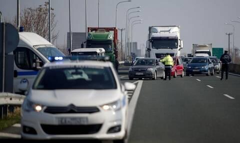 Lockdown: Αντιδρούν μικροπωλητές και έμποροι – Κλείνουν την Εγνατία για διαμαρτυρίες