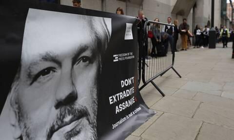 Τζούλιαν Ασάνζ: Σήμερα η απόφαση για την έκδοσή του στις ΗΠΑ