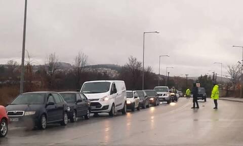Κοζάνη: Διαμαρτυρία με αυτοκίνητα για τις 81 μέρες καραντίνας - «Δεν αντέχουμε άλλο» (vid)