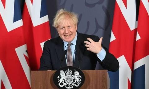 Κορονοϊός: Σε αυστηρό lockdown η Σκωτία - Νέους περιορισμούς θα ανακοινώσει ο Τζόνσον