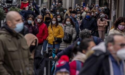 Κορονοϊός: Έξαρση κρουσμάτων στην Καταλονία - Νέοι αυστηρότεροι περιορισμοί