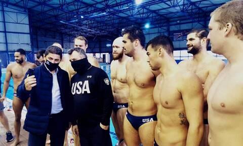 ΗΠΑ-Ελλάδα: Κοινή προετοιμασία στο πόλο και χαιρετισμός από Πάιατ - Τι δήλωσε ο Λευτέρης Αυγενάκης