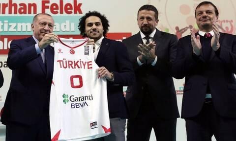 Ο Ερντογάν εξαγοράζει και αθλητές – 750.000 δολάρια για να γίνει Τούρκος ένας σταρ της Euroleague