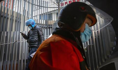 Κίνα: «Μπλόκο» των Αρχών στην ομάδα επιστημόνων του ΠΟΥ που ψάχνουν από που προήλθε ο ιός