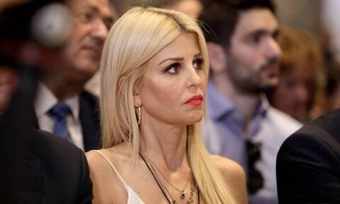 Θεσσαλονίκη: Επίθεση με μπογιές στο γραφείο της Έλενας Ράπτη