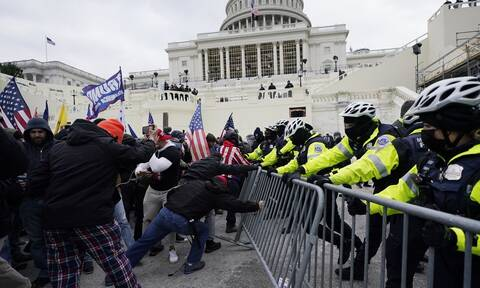 Κρίση στις ΗΠΑ: Λονδίνο και Δουβλίνο καταδικάζουν τις «σκηνές ντροπής, που σοκάρουν»