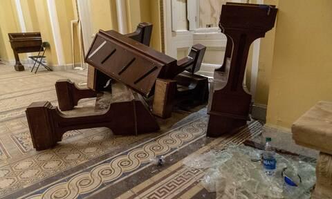 Εισβολή στο Καπιτώλιο: Αξιωματούχοι του Λευκού Οίκου υποβάλλουν τις παραιτήσεις τους