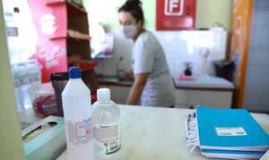 Греческих преподавателей будут бесплатно тестировать на коронавирус