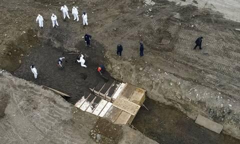 Κορονοϊός - Νέο τραγικό ρεκόρ στις ΗΠΑ: Σχεδόν 4.000 θάνατοι σε 24 ώρε