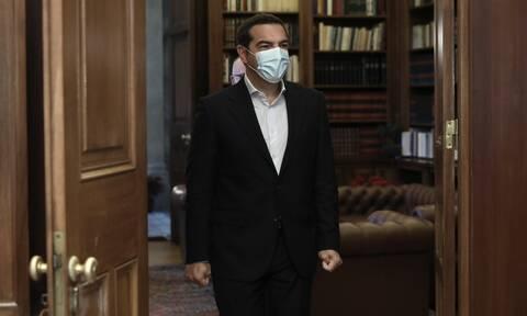 Τσίπρας: Σύγκληση Συμβουλίου Αρχηγών με λοιμωξιολόγους – Η κυβέρνηση έχει χάσει τον έλεγχο