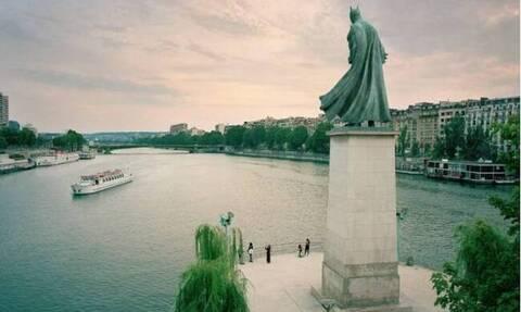 «Μνημεία» του Παρισιού, ήρωες της ποπ κουλτούρας (photos)