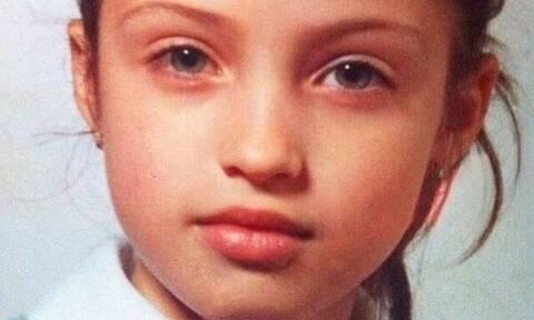 Αναγνωρίζετε το κοριτσάκι της φωτογραφίας; Eίναι γνωστή κυρία της τηλεόρασης