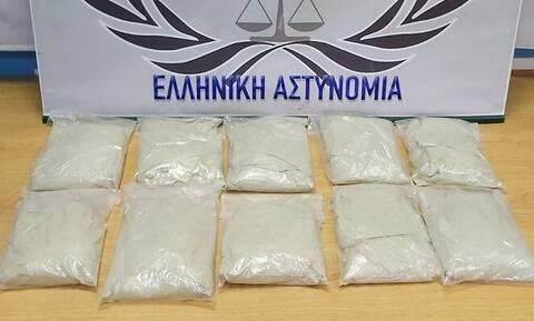 Έβρος: Τον έπιασαν στα σύνορα με 3 κιλά ηρωίνης