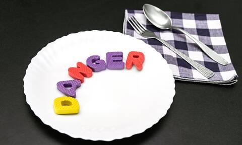 Καρκίνος: Οι τροφές που ευνοούν την εξάπλωσή του (εικόνες)