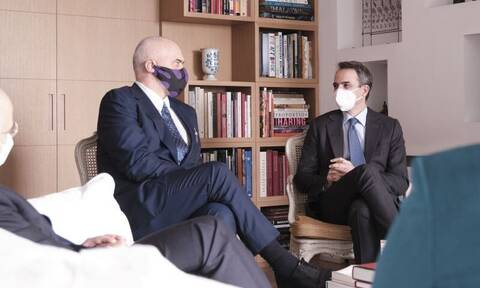 Συνάντηση Μητσοτάκη – Ράμα και ικανοποίηση για τη βελτίωση των σχέσεων Ελλάδας - Αλβανίας