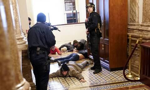 ΗΠΑ: Διώξεις σε 15 πρόσωπα άσκησε η ομοσπονδιακή εισαγγελία για την εισβολή στο Καπιτώλιο