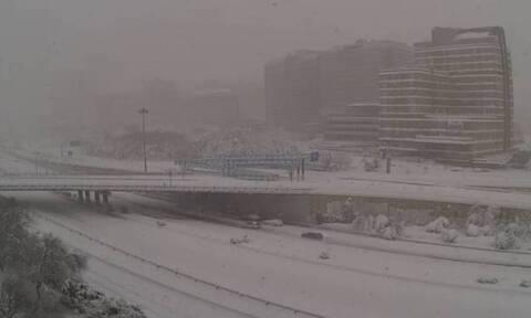 Καιρός: Ιστορική χιονόπτωση στη Μαδρίτη! Δείτε Live εικόνα (video)