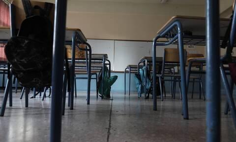 Άνοιγμα σχολείων - Θεσσαλονίκη: Πυρετώδεις προετοιμασίες - Rapid tests σε 600 εκπαιδευτικούς