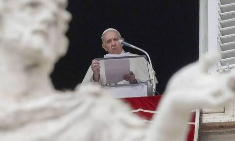 Πάπας Φραγκίσκος: Δήλωσε «κατάπληκτος» από την επίθεση στο Καπιτώλιο των ΗΠΑ