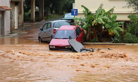 Ιθάκη: Προβλήματα από την έντονη βροχόπτωση - Κλιμάκιο μηχανικών στο νησί