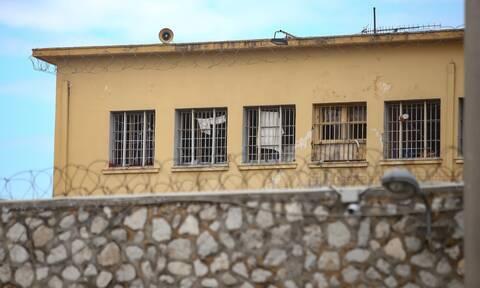 Φυλακές Νέας Αλικαρνασσού: Άγριος καυγάς μεταξύ κρατούμενων - Στο νοσοκομείο ένα άτομο