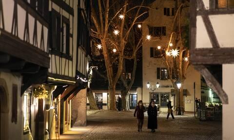 Κορονοϊός Γαλλία: 15.944 κρούσματα, 151 θάνατοι το τελευταίο 24ωρο - Ανησυχεί η βρετανική μετάλλαξη