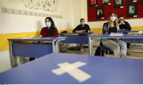 Άνοιγμα σχολείων: Επόμενος στόχος η Γ΄ Λυκείου - Τα σενάρια για την επιστροφή στις τάξεις