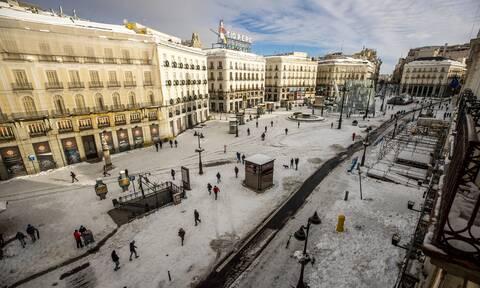 Χάος στη Μαδρίτη μετά τη σφοδρή χιονοθύελλα: Κλειστά σχολεία, δικαστήρια, μουσεία