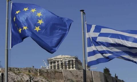 Στα 32,2 δισ. ευρώ τα ταμειακά διαθέσιμα – Σύντομα η επόμενη έξοδος στις αγορές