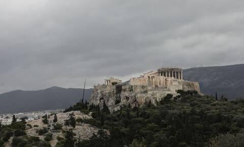 Κορονοϊός: «Βράζει» το κέντρο της Αθήνας – Ποιες περιοχές της Αττικής έχουν τα περισσότερα κρούσματα
