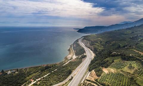 Για πρώτη φορά στην Ελλάδα χιλιομετρικές χρεώσεις  με το σύστημα Hybrid της Ολυμπίας Οδού