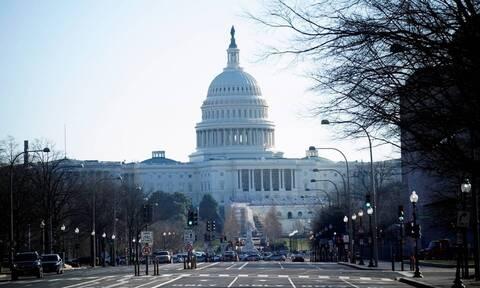 ΗΠΑ: Σε κατάσταση έκτακτης ανάγκης η Ουάσιγκτον - Αποκαλύφθηκαν σχέδια για 3 επιθέσεις στο Καπιτώλιο