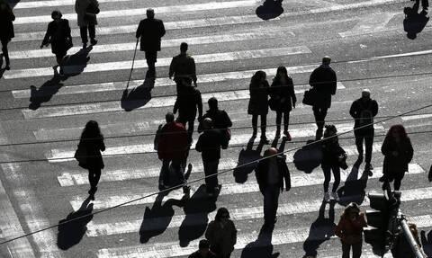 Εργασιακό νομοσχέδιο: Τι ισχύει για τους εργαζόμενους - Πιο «ευέλικτες» και «φτηνές» οι απολύσεις